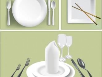 piatti con posate e bacchette – plates with cutlery and chopsticks