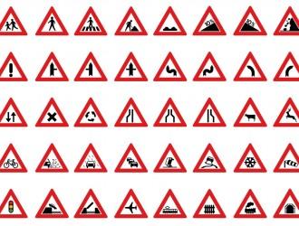 segnali stradali di pericolo – roads signs of danger